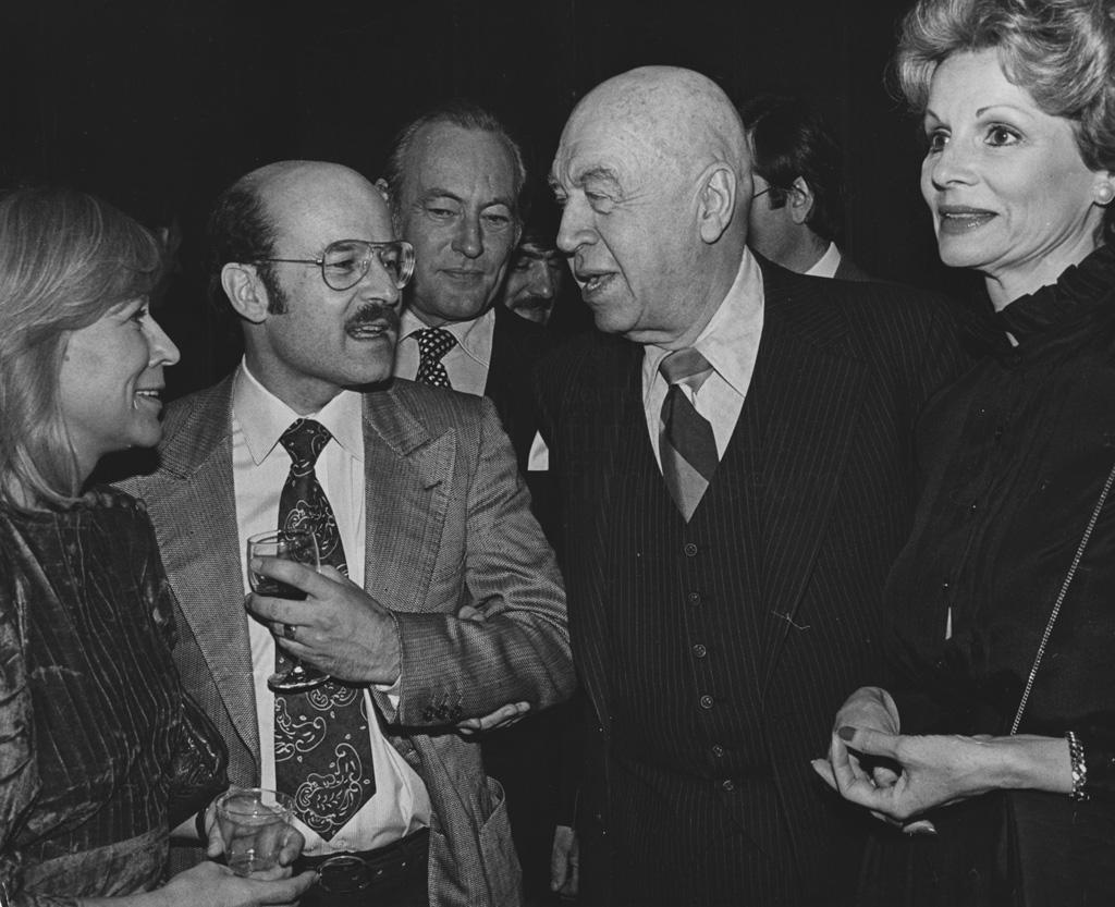 DIE BLECHTROMMEL // Preise und Veranstaltungen / Los Angeles 1980, 1