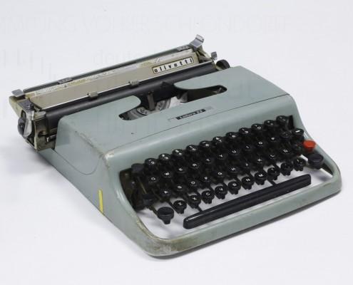 HOMO FABER // Requisit / Schreibmaschine