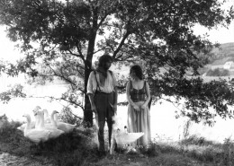 DER PLÖTZLICHE REICHTUM DER ARMEN LEUTE VON KOMBACH // Fotos / Szenenfoto 8